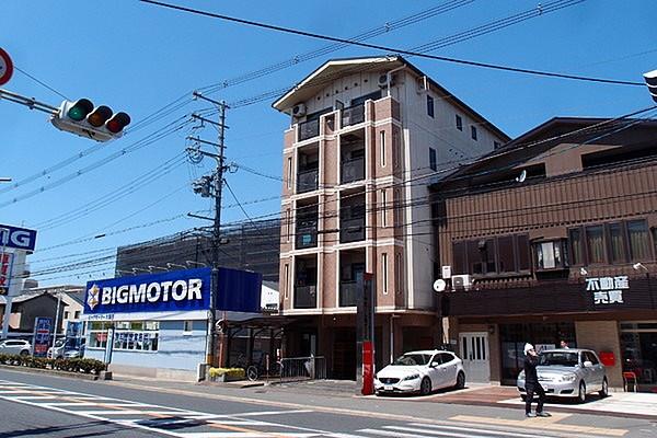 yoshiokamomona-house